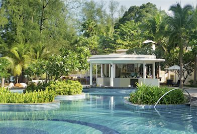 Foto Holiday Inn Resort Phucket Mai Khao Beach **** Mai Khao Beach