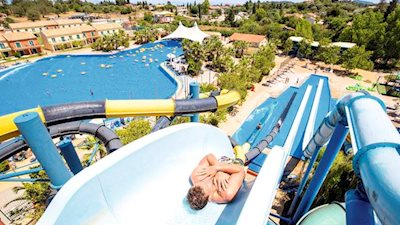 Aqualand Village