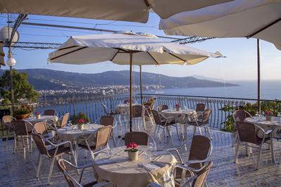 Foto Villaggio Baia Serena *** Vico Equense