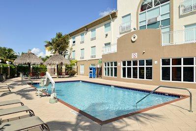 Holiday Inn Express en Suites