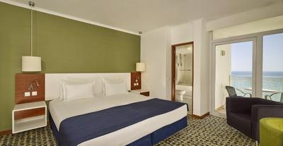 Foto IHG Holiday Inn Algarve **** Armacao de Pera