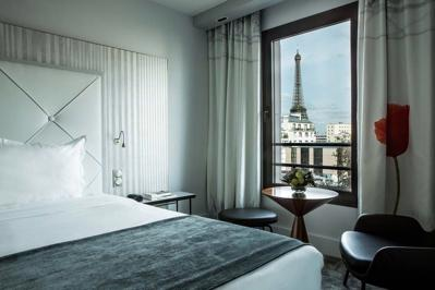 Le Parisis Paris Tour Eiffel