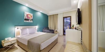 Foto Crystal Green Bay Resort en Spa ***** Guvercinlik
