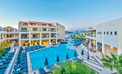 Porto Platanias Beach Resort en Spa