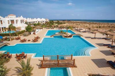 Foto Lahami Bay Beach Resort en Gardens ***** Berenice