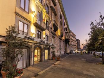Foto Palazzo Turchini **** Napels