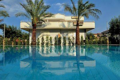 Foto Villa Galati *** Fondachello