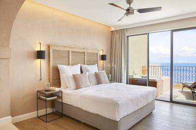 Foto Marbella Nido Suite Villas ***** Agios Ioannis Peristerion