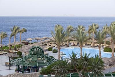 Coral Beach Rotana Resort Tiran