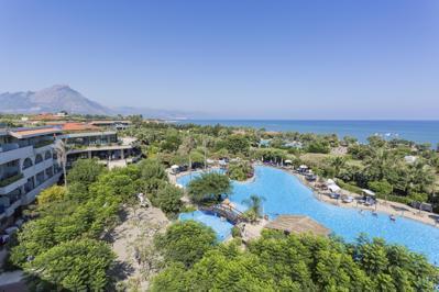 Foto Grand Palladium Sicilia Resort en Spa ***** Campofelice di Roccella