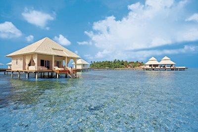 Diamonds Athuruga Beach en Water Villas