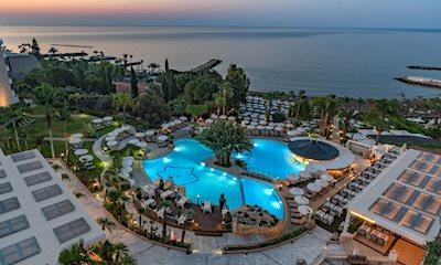 Foto Mediterranean Beach **** Limassol