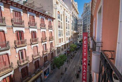 Foto Petit Palace Tres Cruces *** Madrid