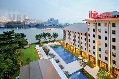 Ibis Riverside