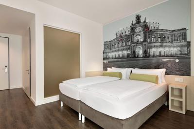Foto Super 8 Dresden *** Dresden