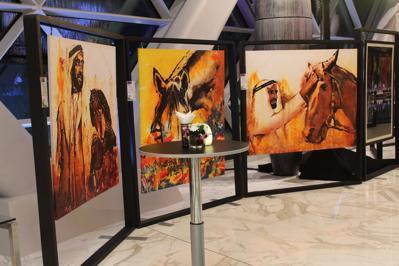 Foto HYATT Capital Gate ***** Abu Dhabi