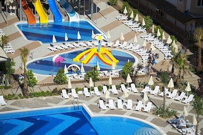 Foto Ramada Resort Lara ***** Lara