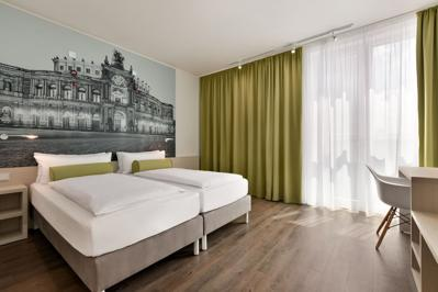 Super 8 Dresden