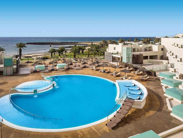 hd beach resort en spa