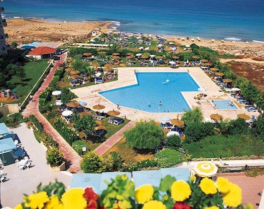 8 daagse vliegvakantie naar Venus Beach in paphos, cyprus
