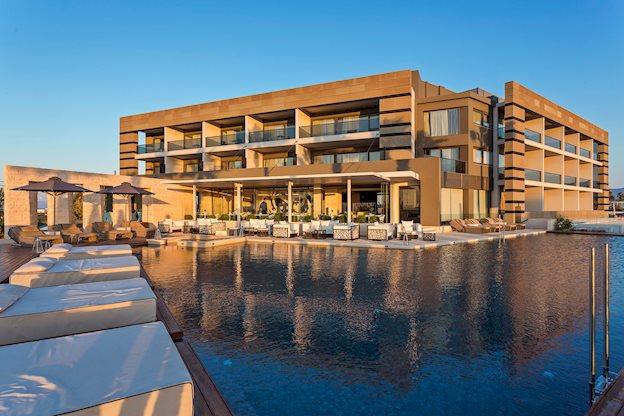 8 daagse vliegvakantie naar Aqua Blu Boutique en Spa in lambi, griekenland