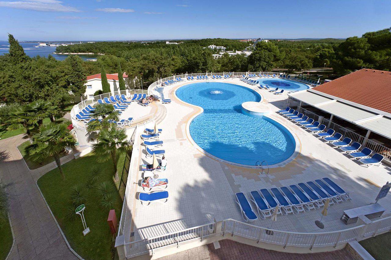 plava resort villas en app bellevue plava laguna