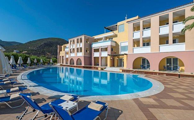 8 daagse vliegvakantie naar Fodele Beach en Water Park Holiday Resort in fodele, griekenland