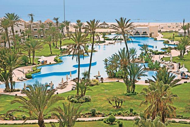 Meer info over Palais des Roses Resort and Spa  bij Prijsvrij
