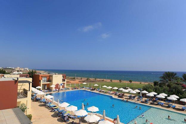 8 daagse vliegvakantie naar Panas Holiday Village in ayia napa, cyprus