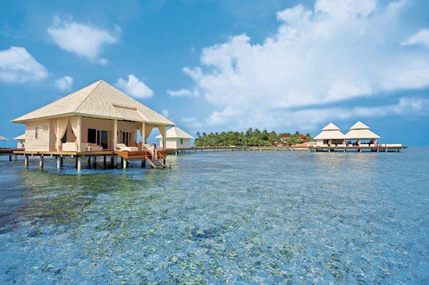 Meer info over Diamonds Athuruga Beach en Water Villas  bij Prijsvrij