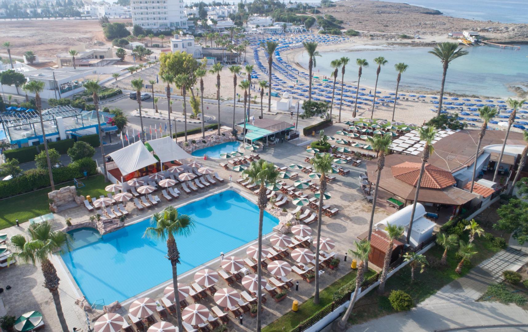 Goedkope zonvakantie Larnaca 🏝️Pavlo Napa Beach