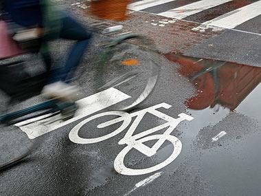 Door weer en wind met de kids op de fiets? Bekijk deze tips voor fietsen in de regen!