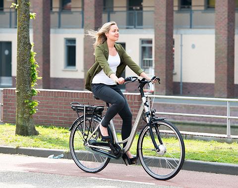 Kabinet-wil-forensen-op-de-elektrische-fiets.jpg